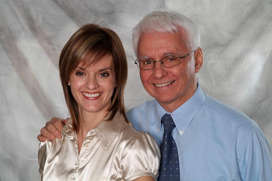 M.Lelièvre et sa fille Isabelle | denturologistes | Clinique De Denturologie Lelièvre