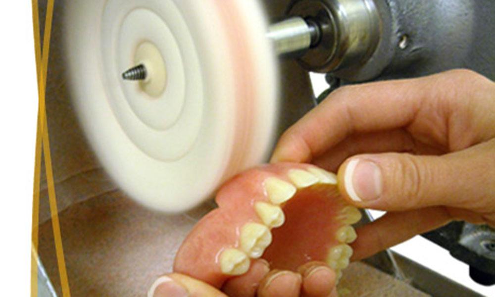 Polissage de prothese | Clinique De Denturologie Lelièvre